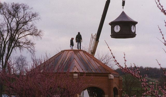 Constructing the iconic pavilion in 1995.